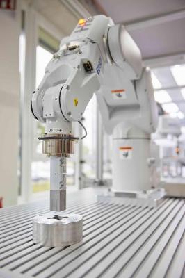 Epson S250, Robot Pabrik Yang Mampu Mengerjakan Hal-Hal Kecil Dan Rumit