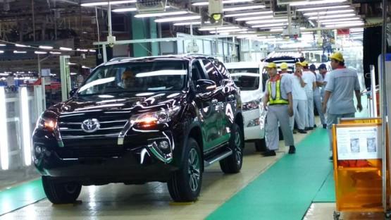 Toyota Himbau Untuk Tidak Menolak Sistem Otomatisasi Industri