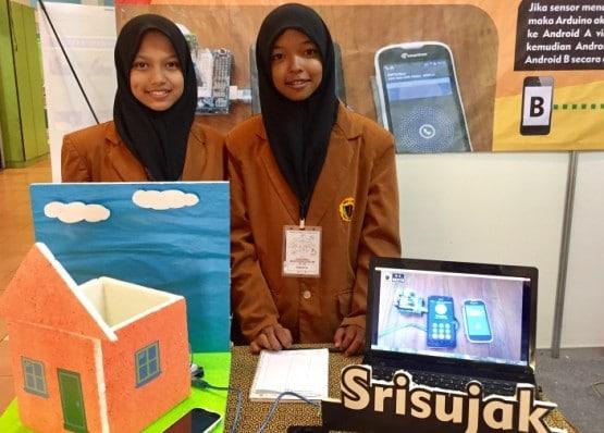 Dua Siswi SMK ini Ciptakan Aplikasi Sensor Maling Berbasis Android
